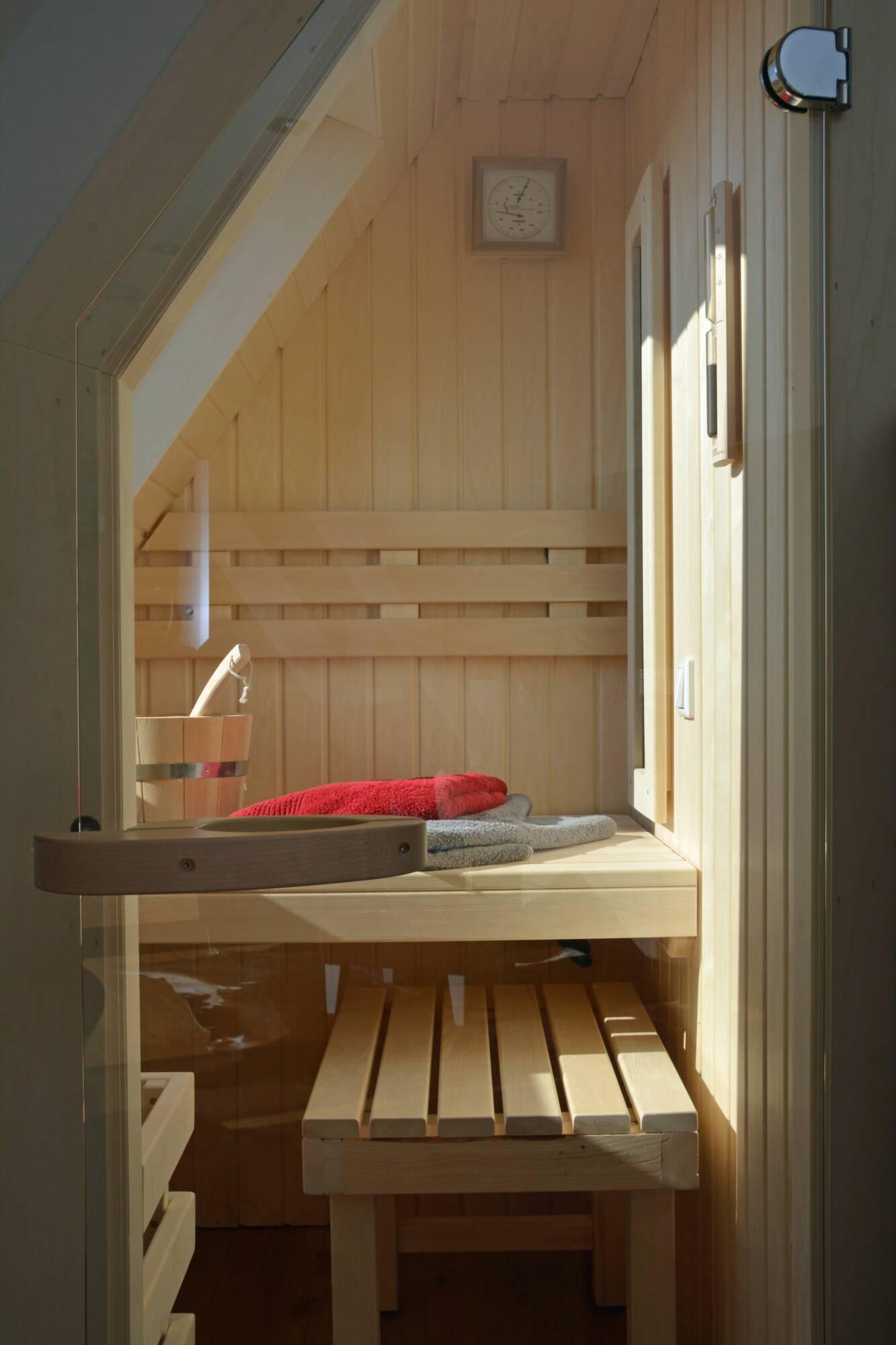 2016-03 Wohnung Storchennest Sauna (6) - Haus Storchennest ...
